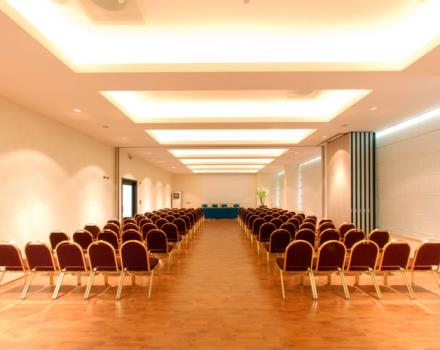 Discover the conference rooms in the Hotel San Giorgio and organize your events in Forlì